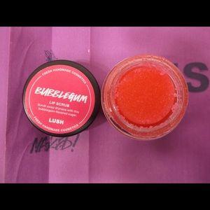 """LUSH """"Bubblegum"""" Lip Scrub 0.8 OZ. Vegan"""